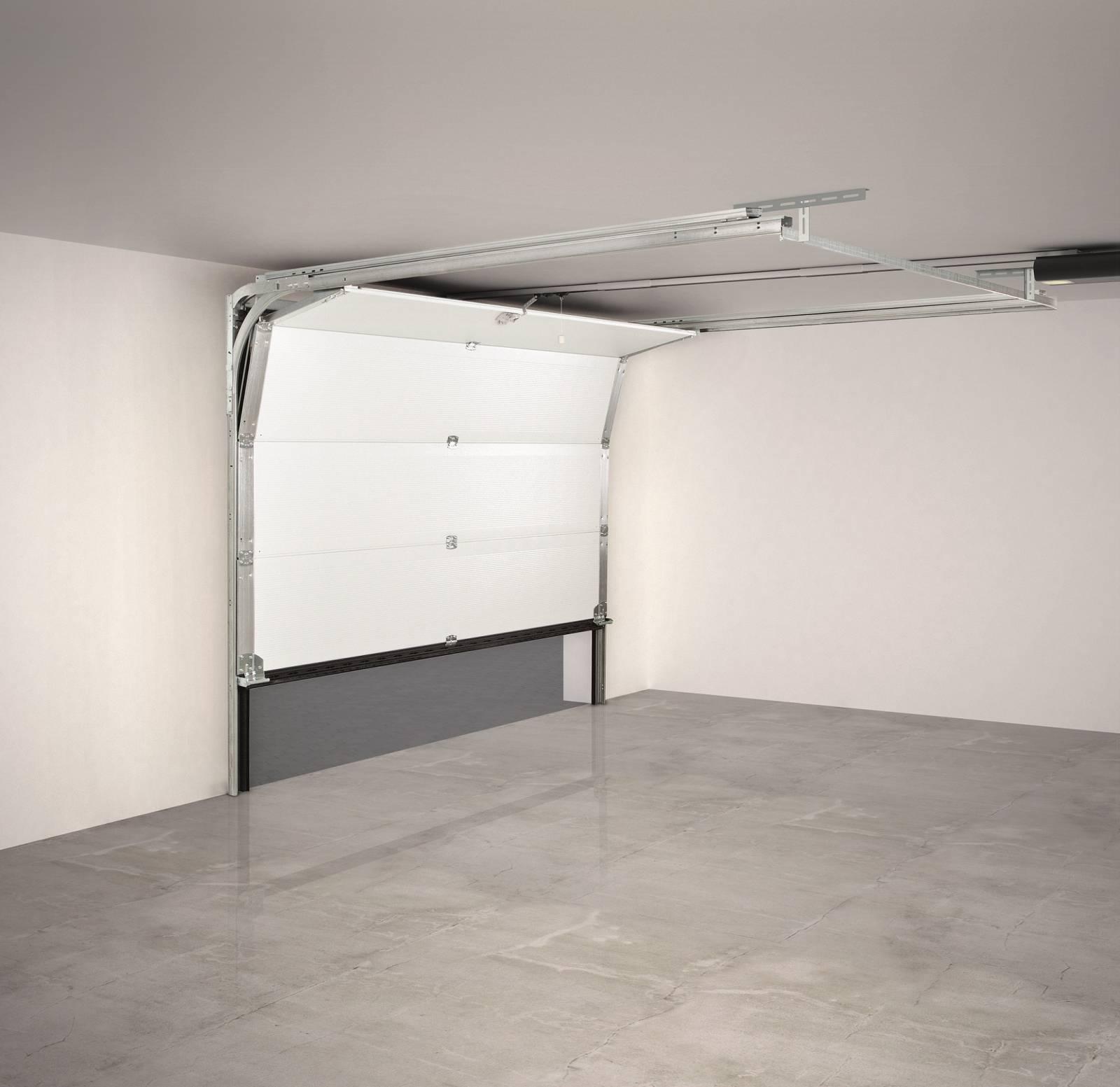 Installation d'une porte de garage sectionnelle FICHET